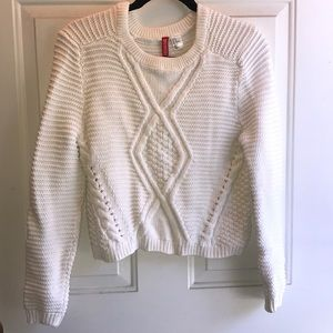 H&M White Sweater
